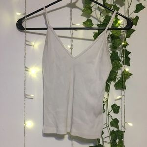 Brandy Melville v neck rubbed cropped tank top